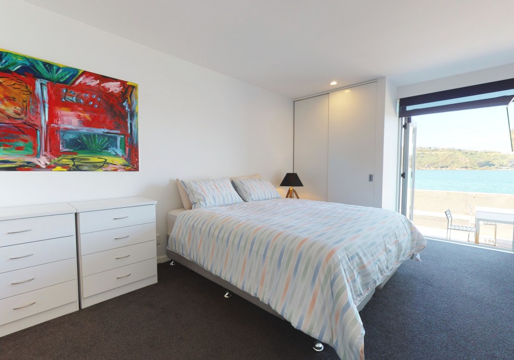 Mkt Master Bed 1 15 305 Evans Bay Parade Roseneath